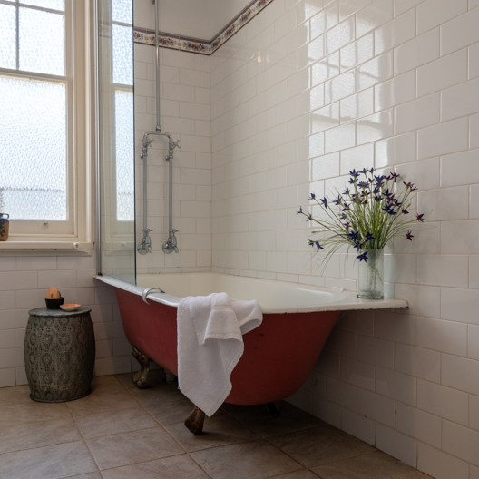 The_Albert_Standardqueen_Bath-5